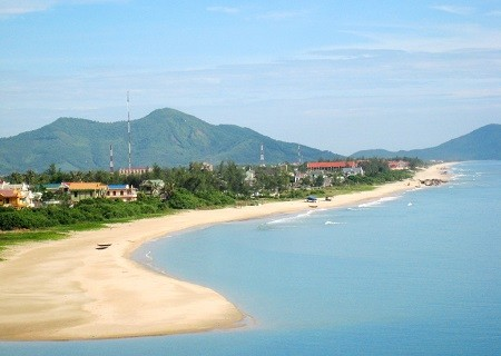 Lang Co beach in Da Nang