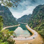 Tuyệt tình cốc đẹp như mơ tại Nam Định
